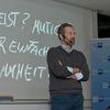 Unternehmer und RTL-Moderator Leonard Diepenbrock.  Bild: IHK/Derek Schuh