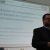 Jürgen Schatz führt in das Thema ein und stellt den Referenten vor. Bild: BME/Reinhard Fink